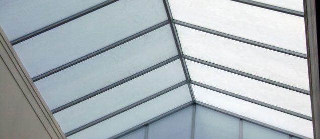 ventanales de policarbonato, Cubierta de policarbonato paseo shopping Duran